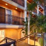 Foto de BEST WESTERN PLUS Newport Beach Inn