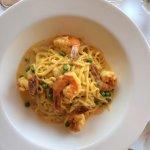 Pasta With Shrimp In a Saffron Sauce