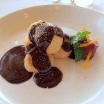 Cream Puffs With Dark Chocolate Sauce
