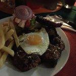 Joplins Pub and Steak Grill Foto