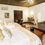 Family 6 sleeper room with 2 x double beds and a sleeper couch with en-suite bathroom