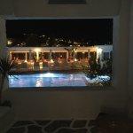 Foto de Petinos Beach Hotel