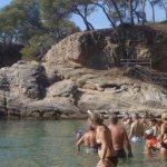 La Cala Sa Cova, al lado de la playa del Hotel