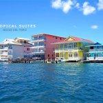 Foto de Tropical Suites Hotel