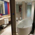Photo de Jumeirah Creekside Hotel