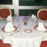 dîner sur le bord de Loire et vue sur l'abbaye de saint Maur