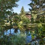 Teich, Garten - Sunstar Hotel Klosters
