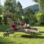 Garten, Liegewiese - Sunstar Hotel Klosters