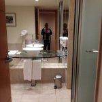 Habitación y baños