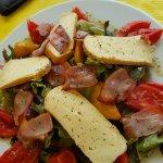Aujourd'hui Pascal, le chef nous a gâter avec sa salade paysanne et surtout accompagner de vrais