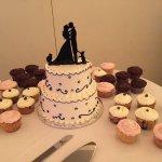 my beautiful cake and cupcakes :)
