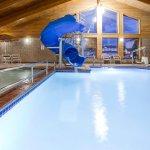 Foto de AmericInn Lodge & Suites Fargo West Acres