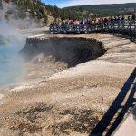 Photo de Yellowstone Geysers - Mud Volcano Area