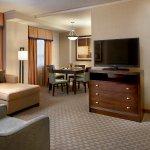 Photo de Embassy Suites by Hilton Baltimore - Inner Harbor