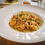 Scallops in pesto sauce with fresh pasta