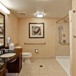 Photo de Homewood Suites by Hilton Fresno