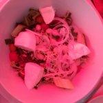 salade (manque de lumieres tout est rose xd )