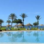 Photo de Hotel Itropika Beach