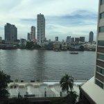 Photo de Ramada Plaza Bangkok Menam Riverside