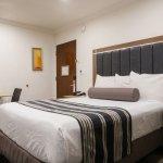 Photo de Rodeway Inn & Suites Pacific Coast Highway