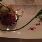 Tartarre con verdure fresche croccanti