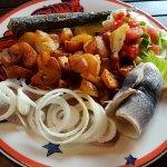 Lecker essen in der Aalkate, dreierlei Hering, dreierlei Fischfilet