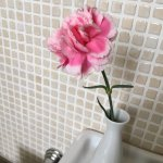 Fresh flower in the bathroom - nice:)