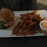 Houston burger with sweet fries