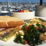 Bay Club Hotel and Marina is a hidden gem on Shelter Island! The service and breakfast food at t