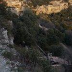 vue du chemin traversant le village