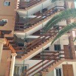 Photo de Apartamentos Los Pinos
