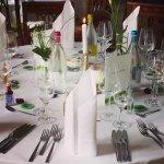 Der gedeckte Tisch an unserer Hochzeit