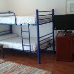 Habitación doble para 2 pax (con literas, ya que según en recepción ya no les quedaba más hab. d