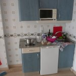 small kitchen - room 325