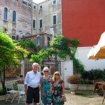Photo de Pensione Accademia - Villa Maravege