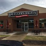 Breugger's Bagels Bakery