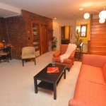 Spacious 1 bedroom basement apartment has 8 ft ceilings