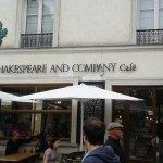 Terrasse du Café Shakespeare and Company
