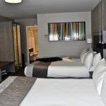 Photo de Hotel Manoir Victoria