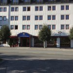 Staying here right now what a great hotel for a stop over in Honefoss