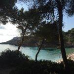 Photo de Beach Club Font de Sa Cala