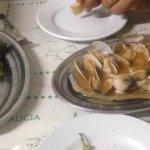 Se come súper bien, calidad, precio y atención muy buena hay q ir pronto para coger mesa porque