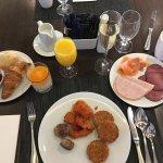 Frühstück im Hauptrestaurant