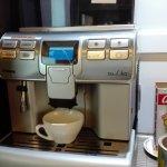 Auténtica de Café natural recién molido en el acto