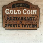 Betts Gold Coin Sports Tavern Foto