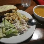 Round 1: Soup , bread and salad