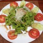 Салат с потрясающей заправкой!