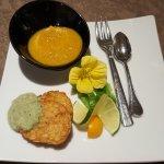 Gruß aus der Küche Suppe aus Möhren alter Sorten.....