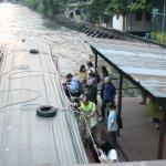 運河ボート乗り場がすぐ横