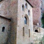 Fachada del monasterio viejo